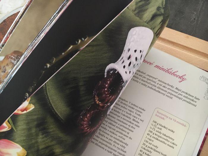 Magické bábovky, vydavateľstvo Maxim