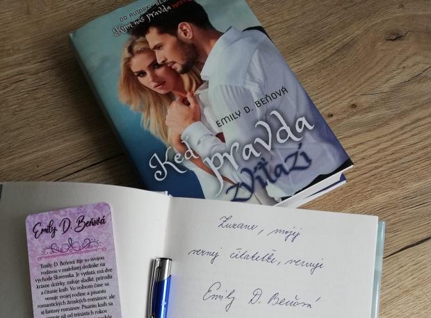 Emily D Beňová, podpisovanie kníh